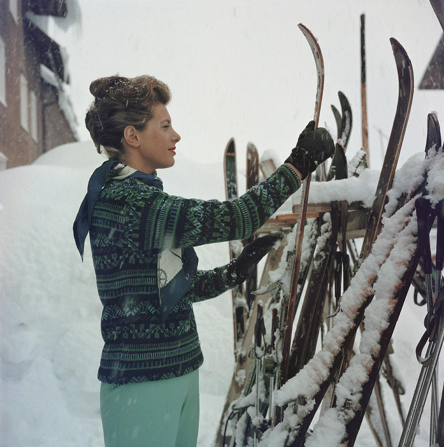 Skiing Princess Photograph by Slim Aarons