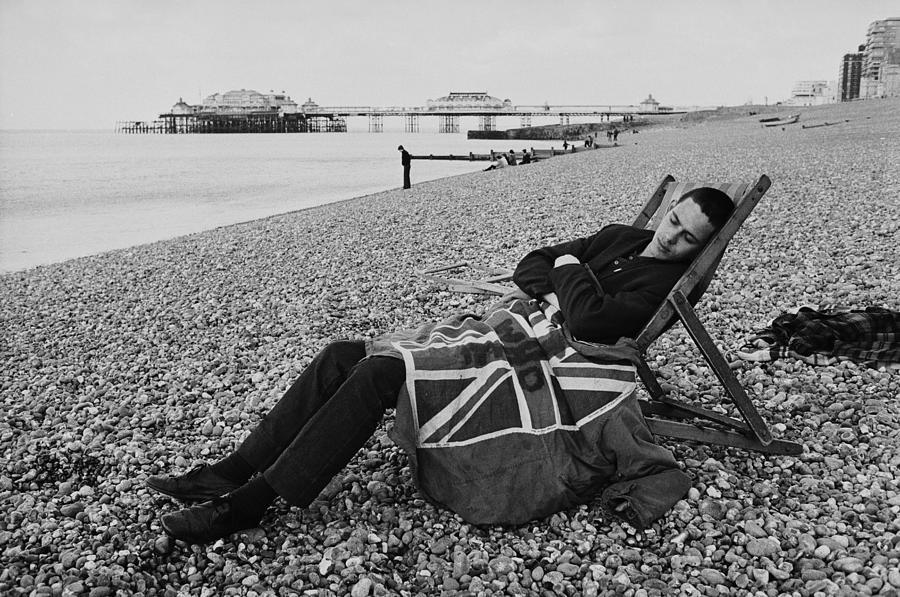 Sleeping Mod Photograph by Express