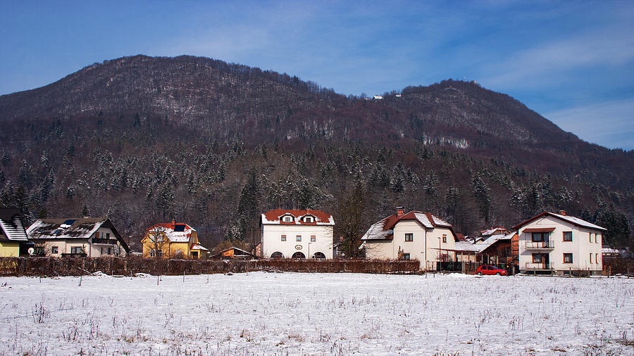 Smarna Gora in Winter by Ian Middleton