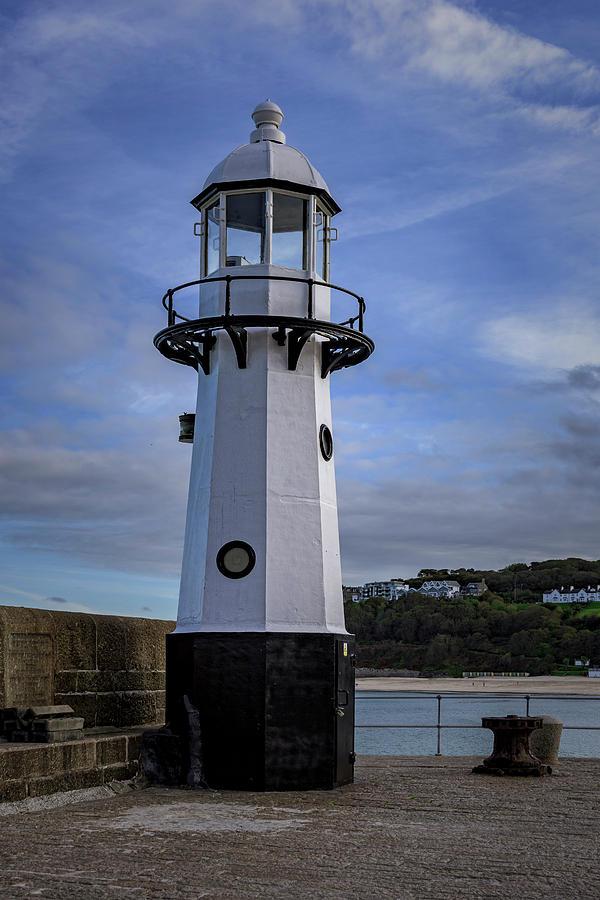 Smeaton's Pier Lighthouse by Eddy Kinol