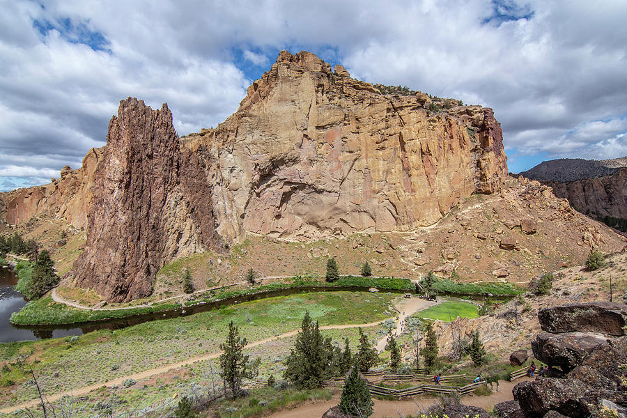 Smith Rock Close Up by Matthew Irvin