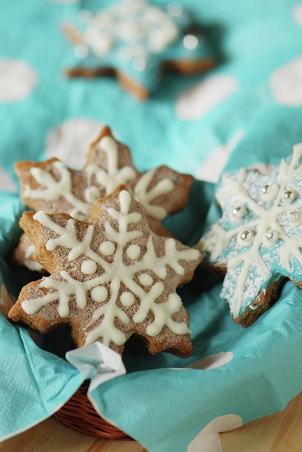 Snowflake Gingerbread Cookies By Lucytxcicipeng