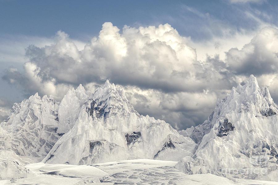 Snowy mountain 002 by Clayton Bastiani