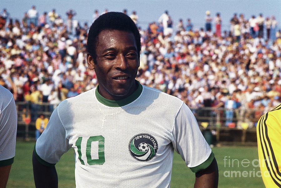 Soccer Favorite Pele Posing Photograph by Bettmann