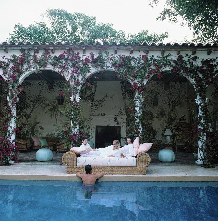 Sofa By The Pool Photograph by Slim Aarons