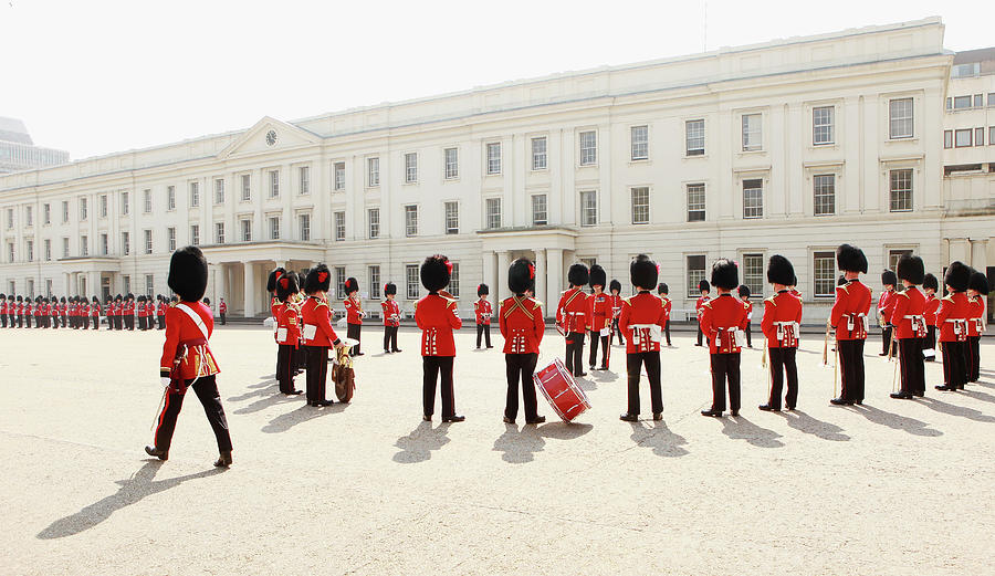 Soldiers From The Foot Guards Of The Photograph by Oli Scarff