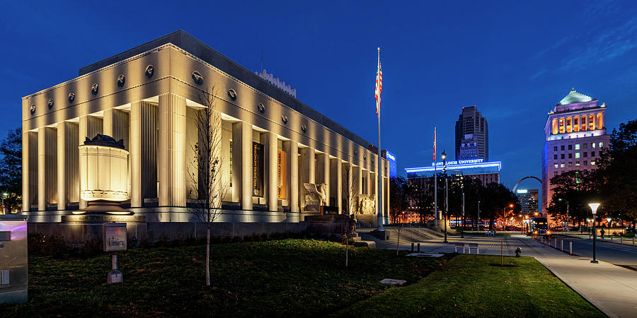 Soldiers Memorial St Louis MO at Night_1x2_GRK0657_11242018  by Greg Kluempers