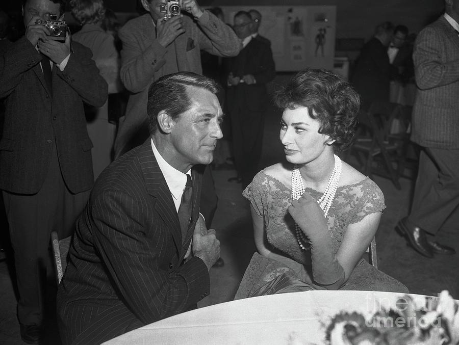 Sophia Loren With Cary Grant Photograph by Bettmann