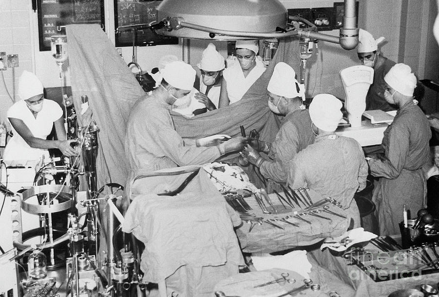 South African Surgical Team Operating Photograph by Bettmann