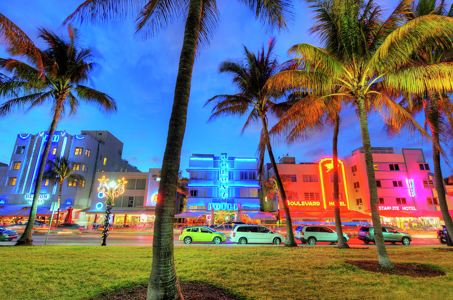 South Beach And Ocean Drive At Dusk Photograph by Mitchell Funk