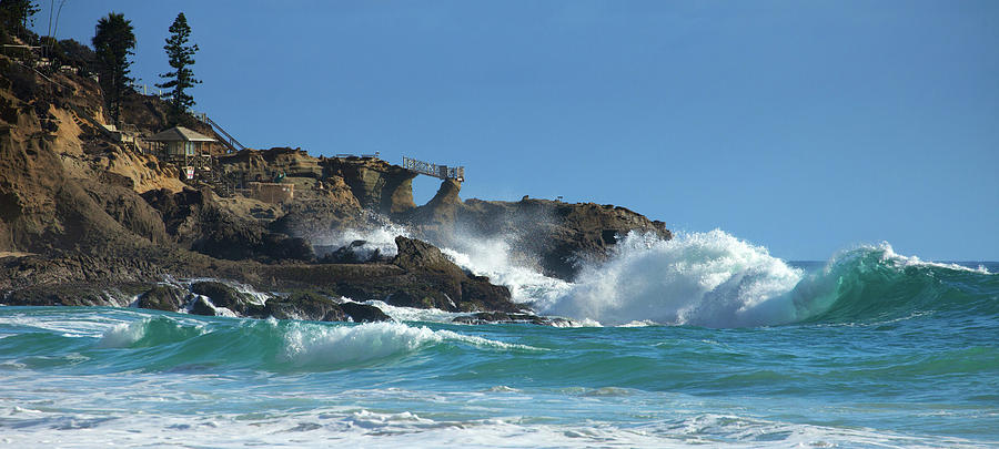 South Swell Thousand Steps Beach by Cliff Wassmann