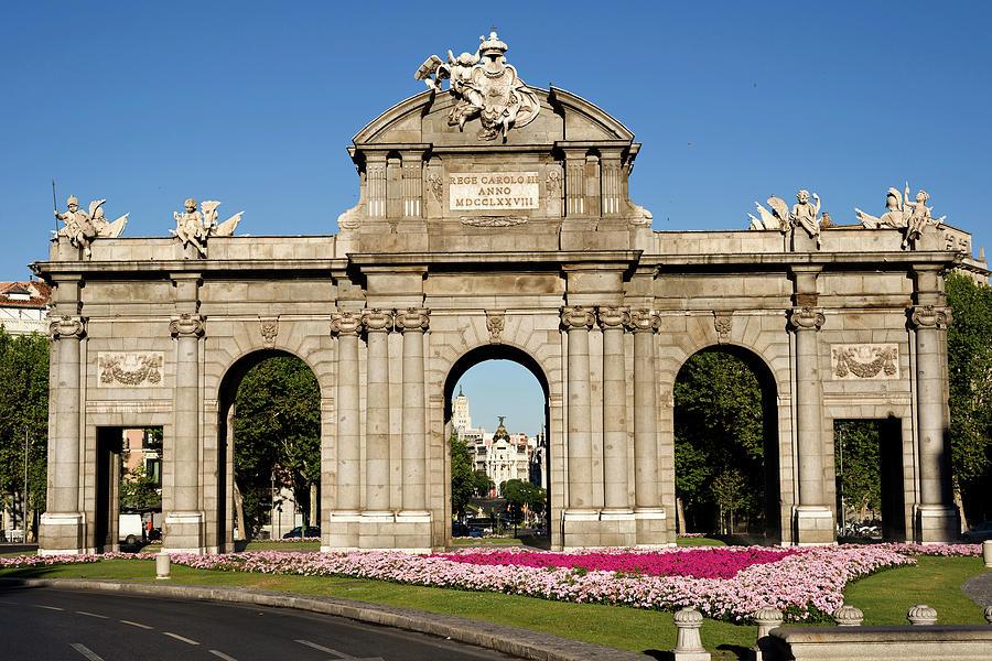Spain Monument, Madrid Photograph by Syldavia