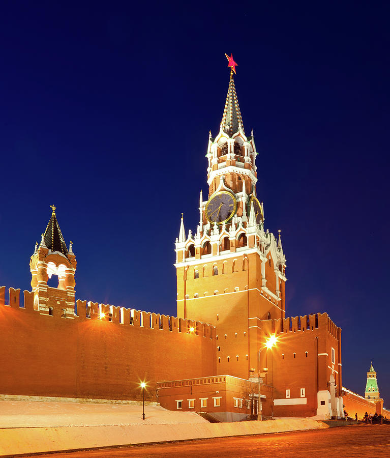 Spasskaya Tower Of Moscow Kremlin At Photograph by Mordolff