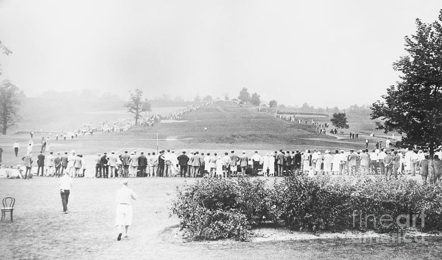 Spectators Watching National Amateur Photograph by Bettmann