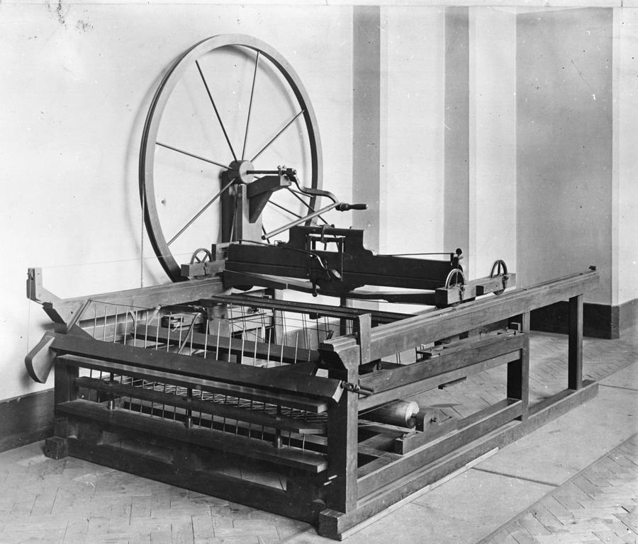 Spinning Jenny Photograph by Hulton Archive