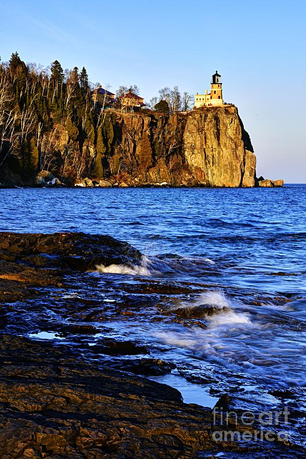 Split Rock Lighthouse by Larry Ricker