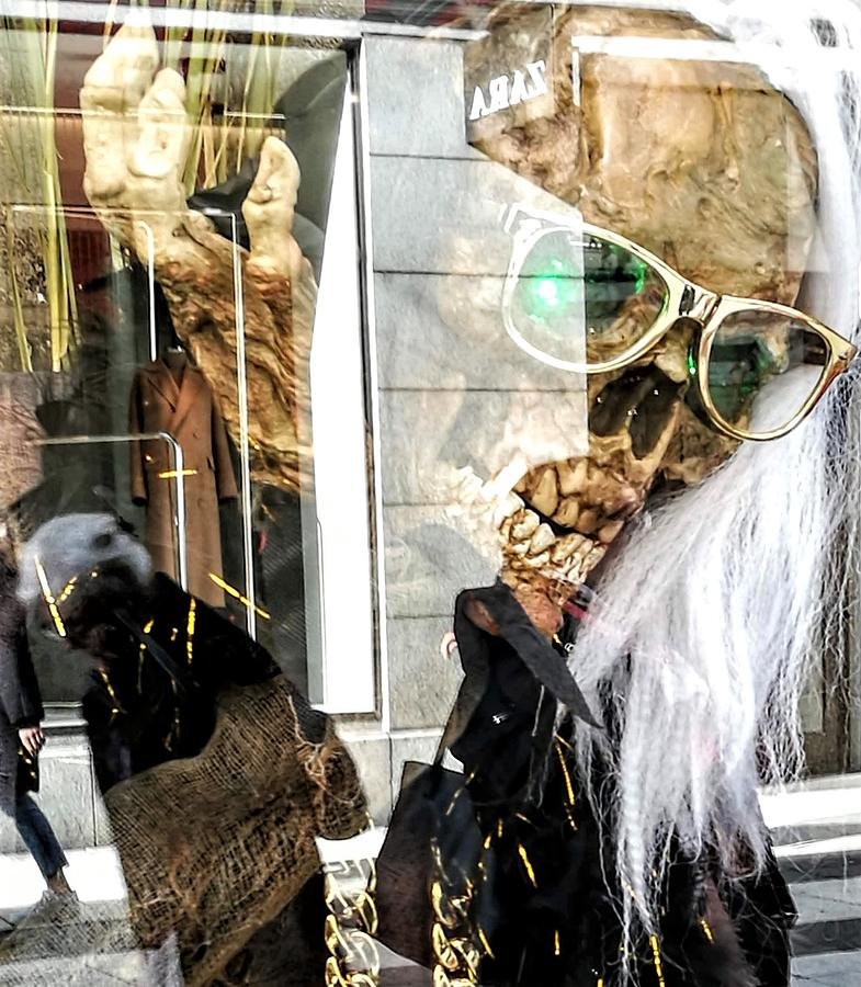 Spooky Rock'n Roll  by Rosita Larsson