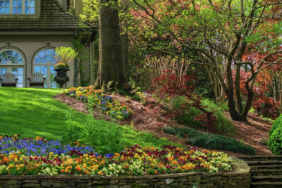 Superb Springtime At The Gibbs Gardens Manor House Download Free Architecture Designs Rallybritishbridgeorg