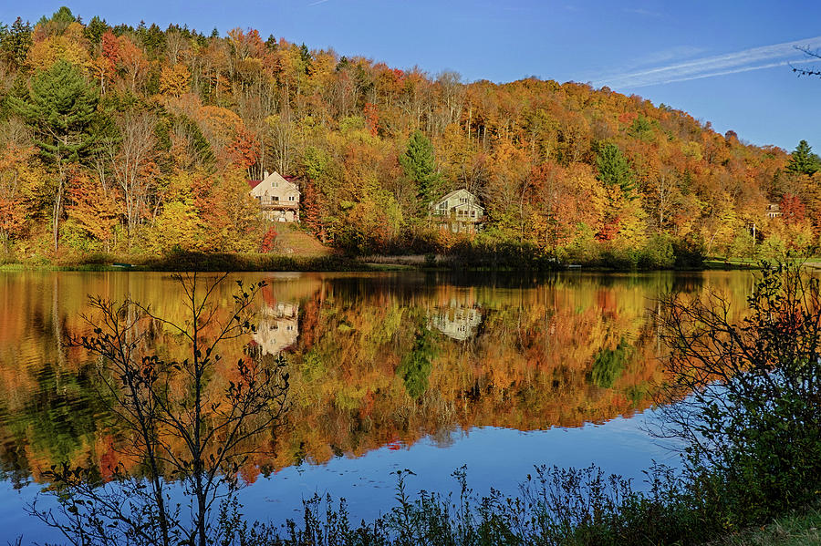 Spruce Lake Wilmington VT Fall Foliage by Toby McGuire