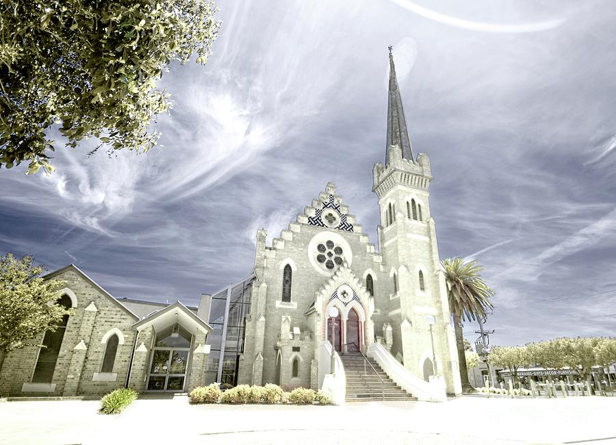St Andrew's Uniting Church 2 by Graham Buffinton
