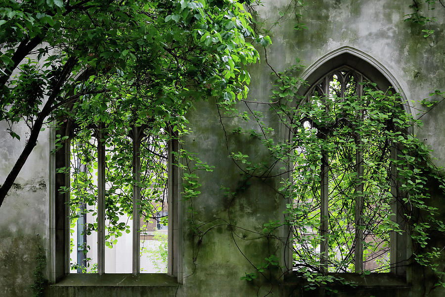 St Dunstan in the East by Nicholas Blackwell
