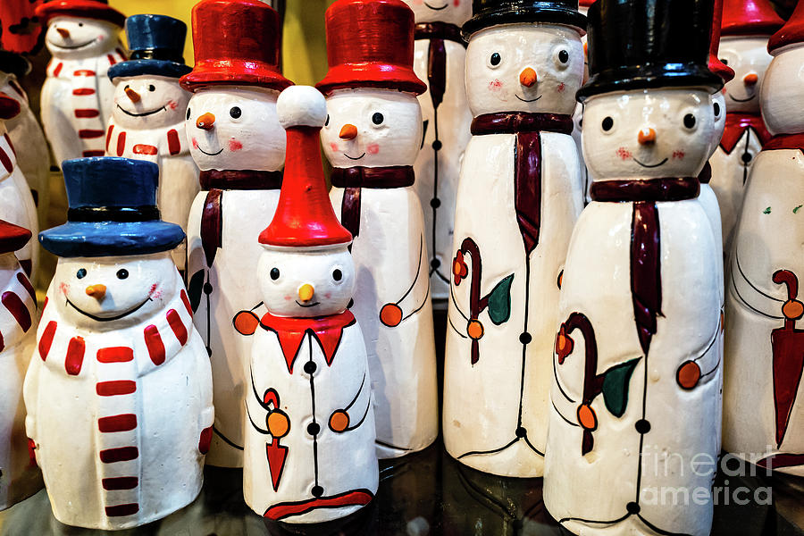 Standing Snowmen by Miles Whittingham