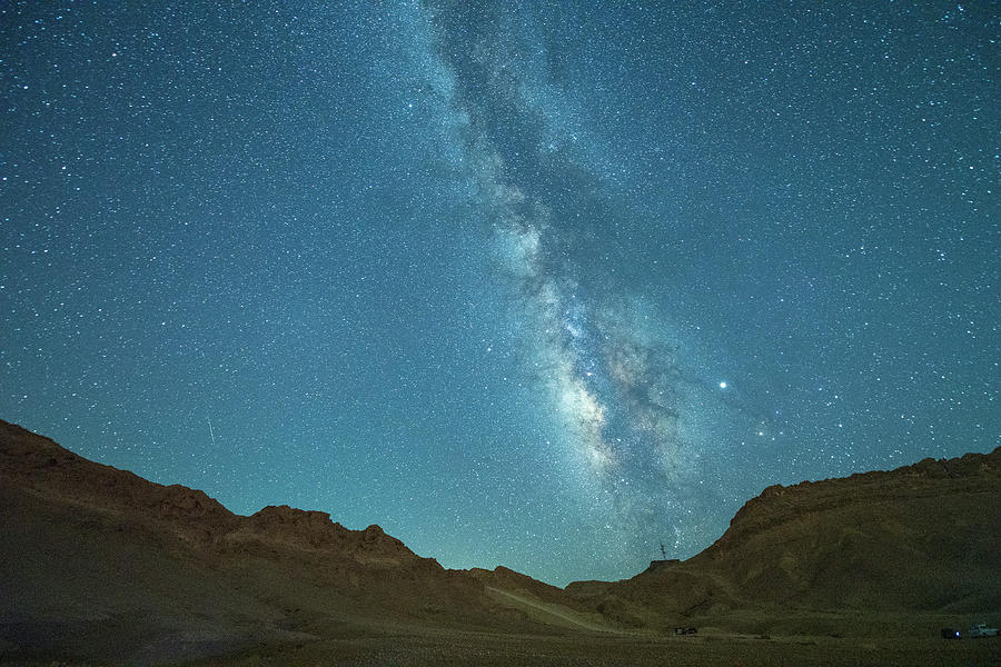 Starry Night at Ramon Crater 4 by Dubi Roman