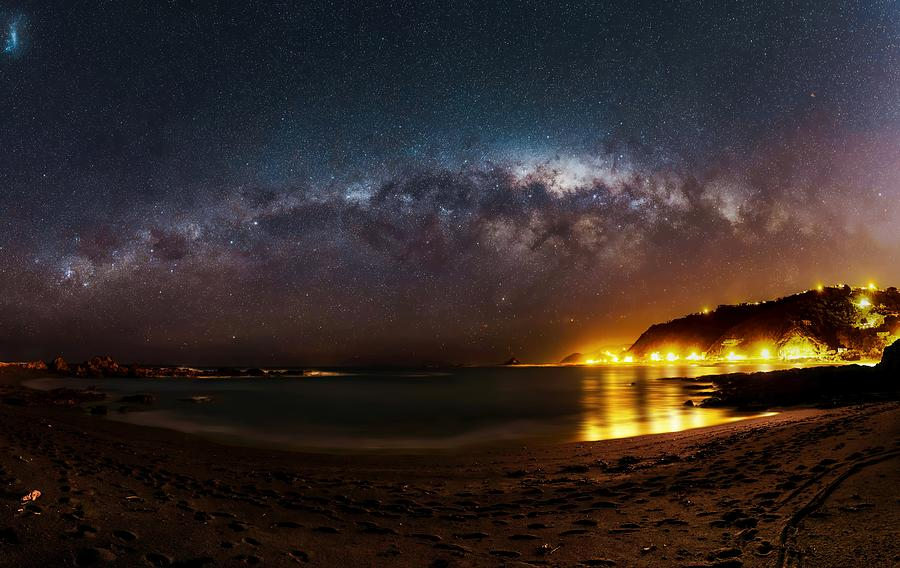 Stars over Island Bay by Werner Kaffl
