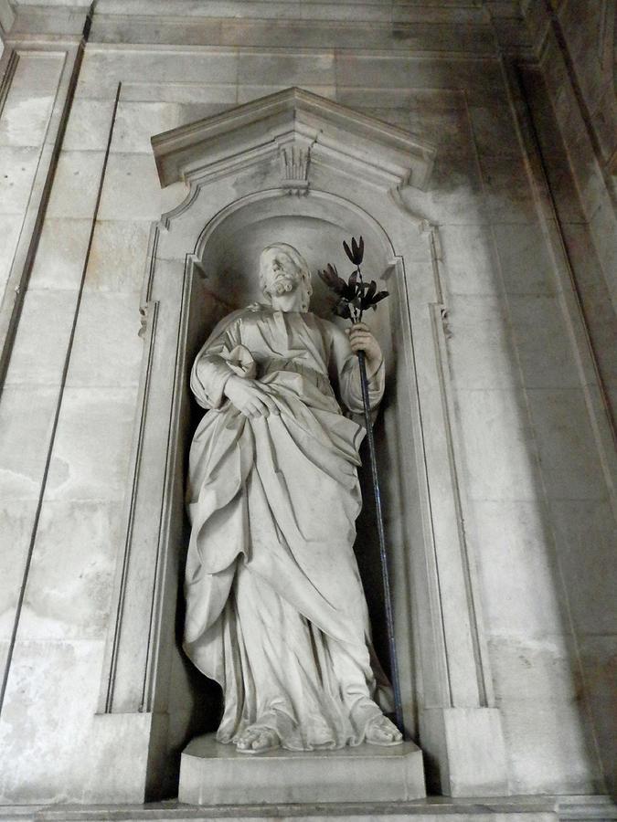 Statue of Jesus by Pema Hou
