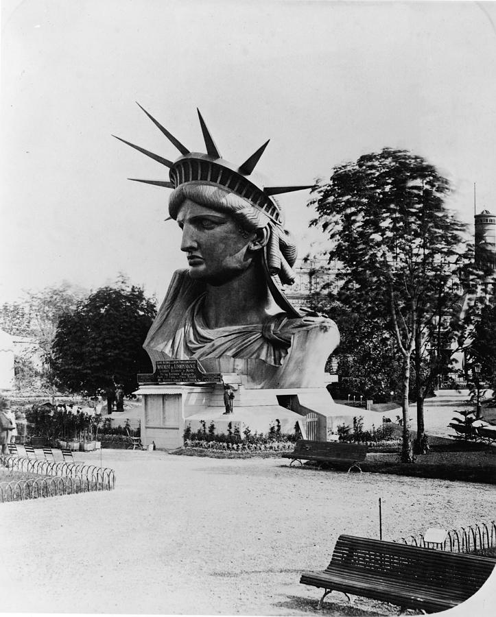 Statue Of Libertys Head Photograph by Fpg