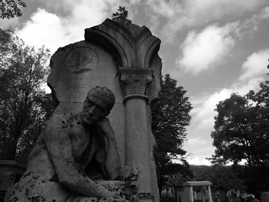 Statue, pondering by Edward Lee