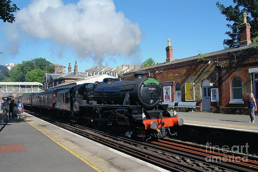 Steam excursion at St. Leonards by David Fowler