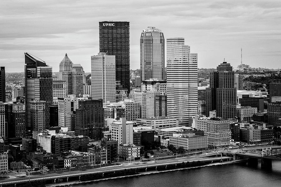 Pittsburgh Photograph - Steel City Skyline by Stephen Stookey