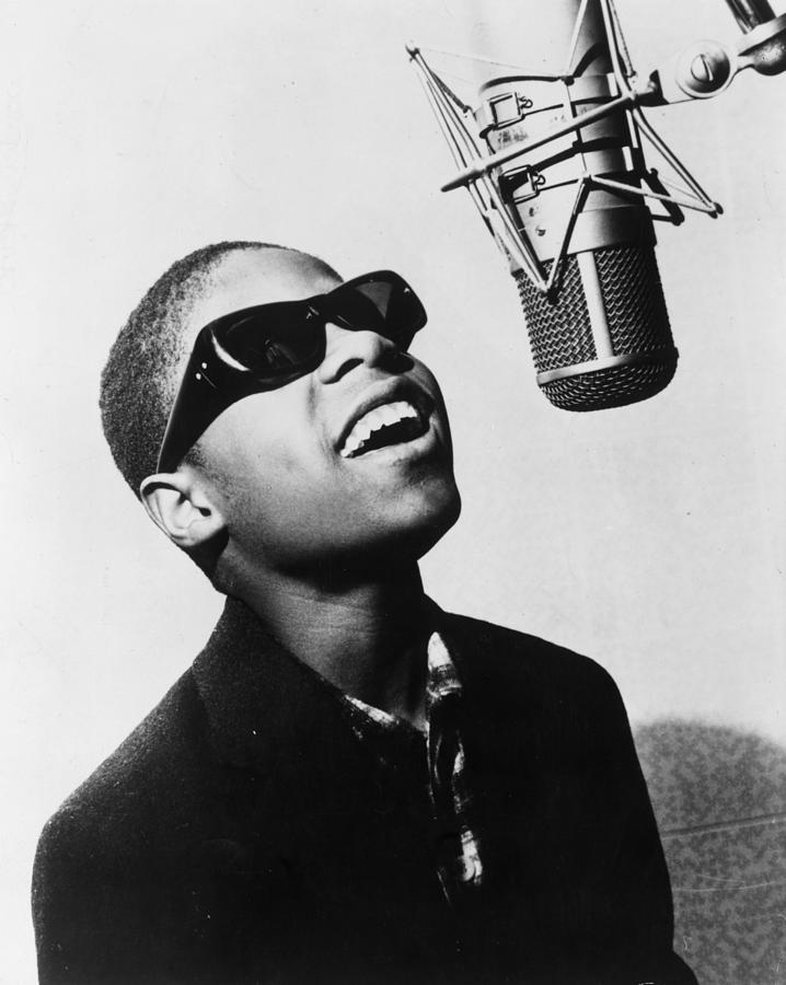 Stevie Wonder Photograph by Evening Standard