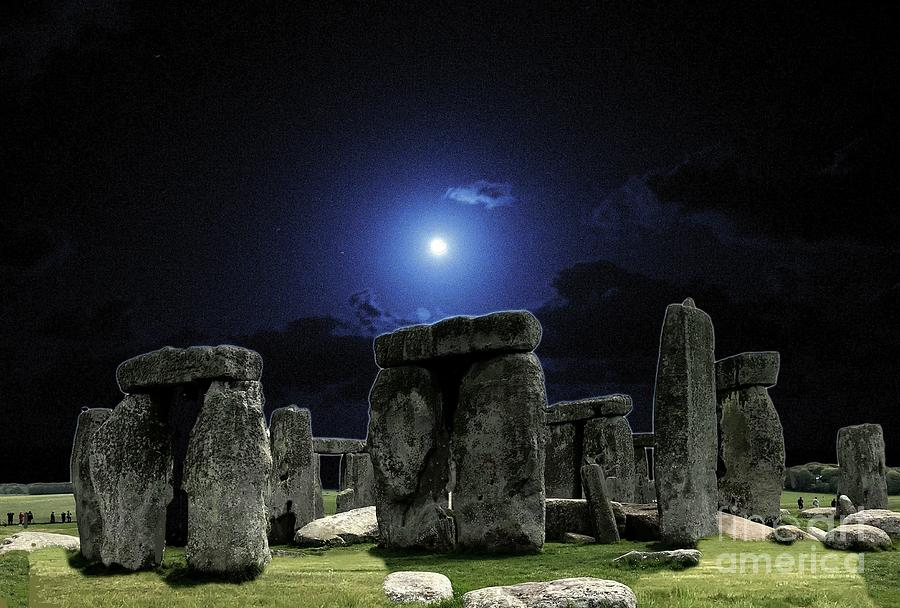 Stonehenge at Full Moon by Janette Boyd