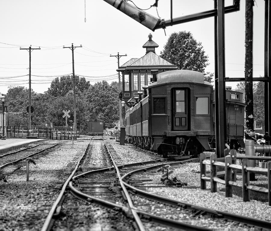Amish Photograph - Strasburg Railroad In Black And White by Bill Cannon