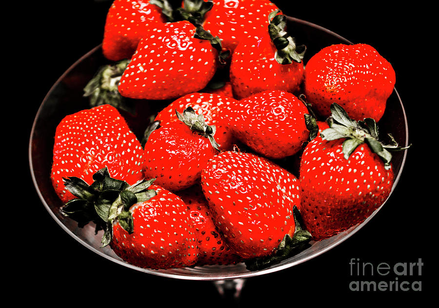 Strawberries Photograph - Strawberry Cocktail by Jorgo Photography - Wall Art Gallery