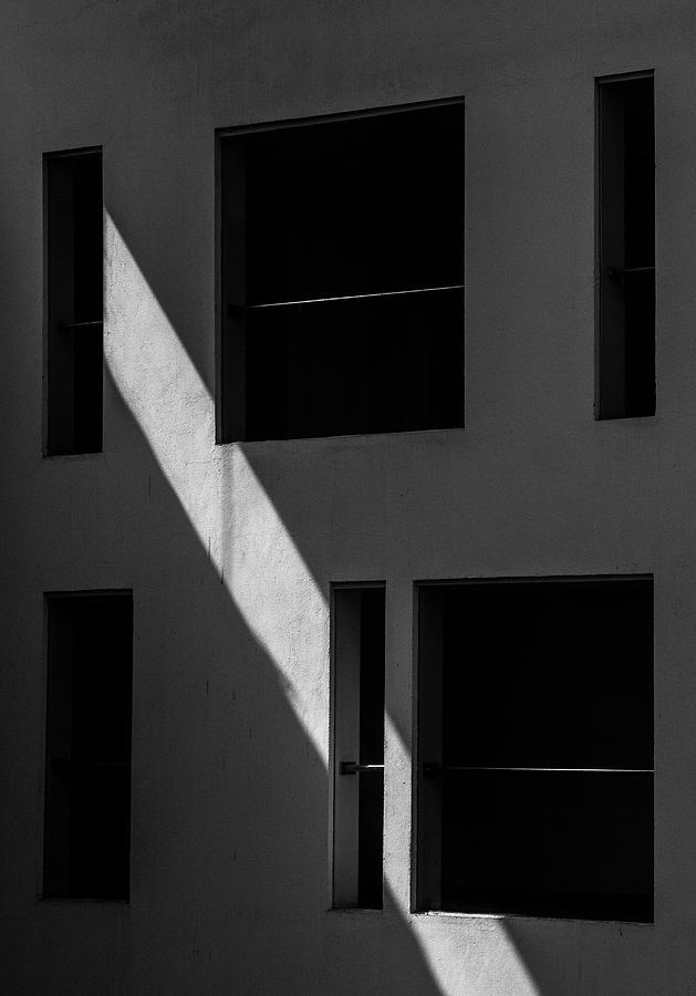 Streak of Light Vs Geometry by Prakash Ghai