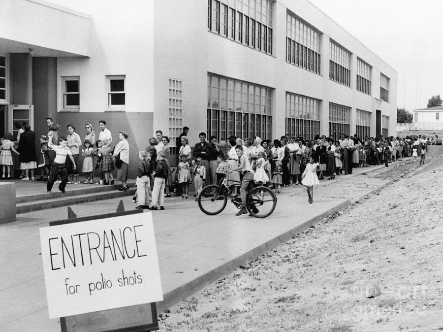 Students Line Up For Polio Vaccine Shots Photograph by Bettmann