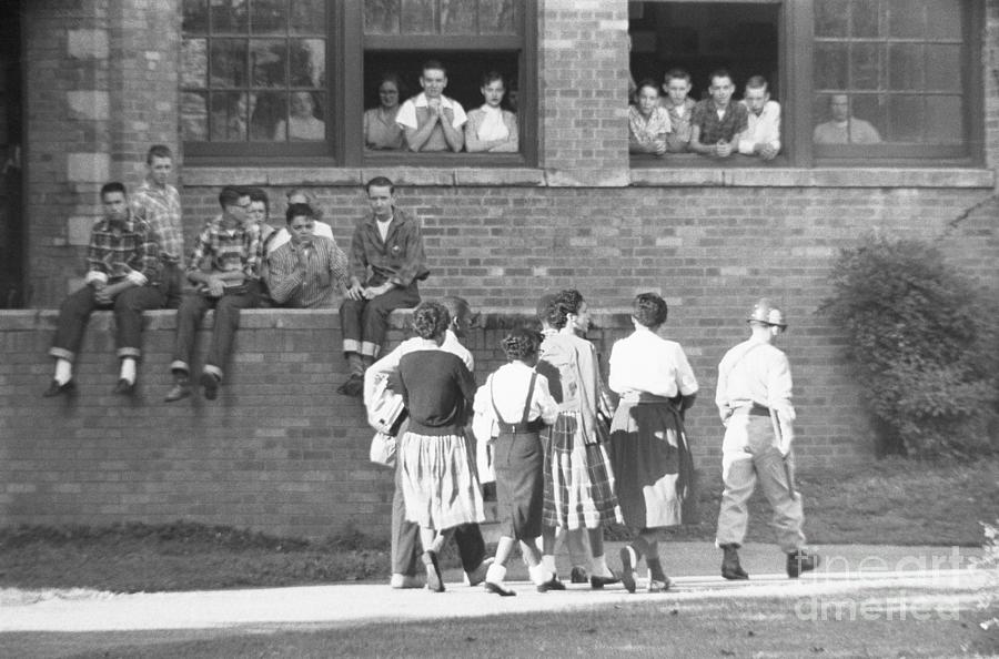 Students Watching African American Photograph by Bettmann