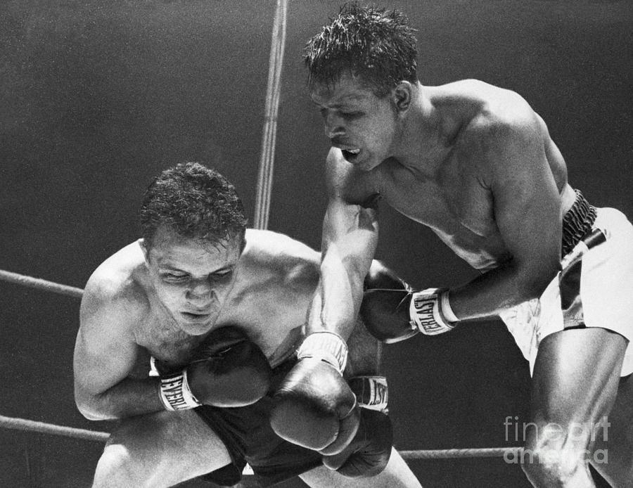 Sugar Ray Robinson Fighting Jake Photograph by Bettmann