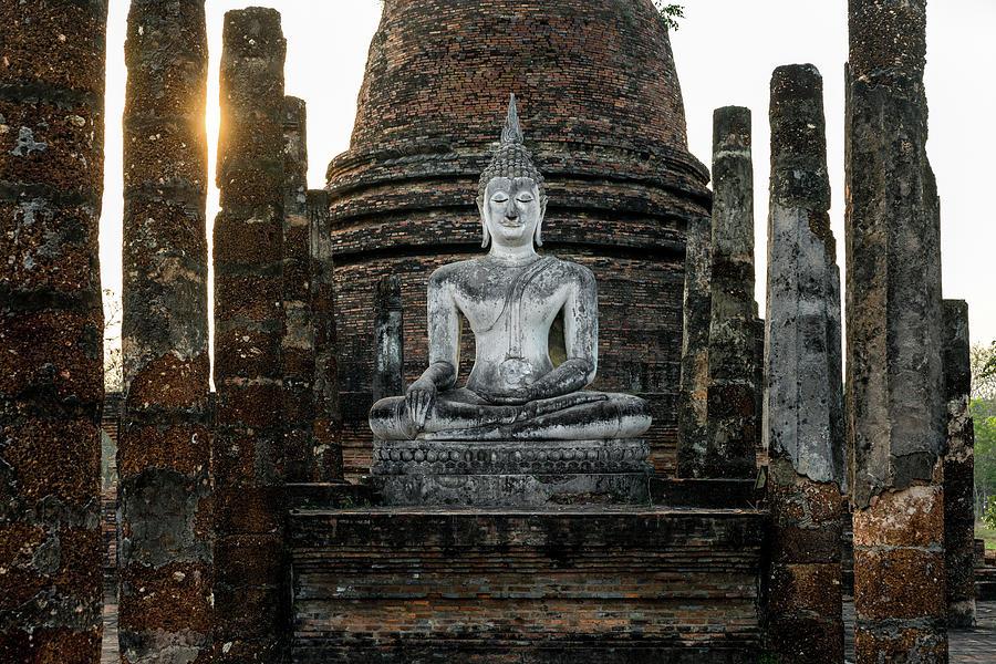 Sukhothai Photograph - Sukhothai Buddha by Ian Robert Knight