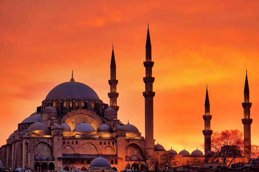 Suleymaniye Mosque at sunset by Fabrizio Troiani