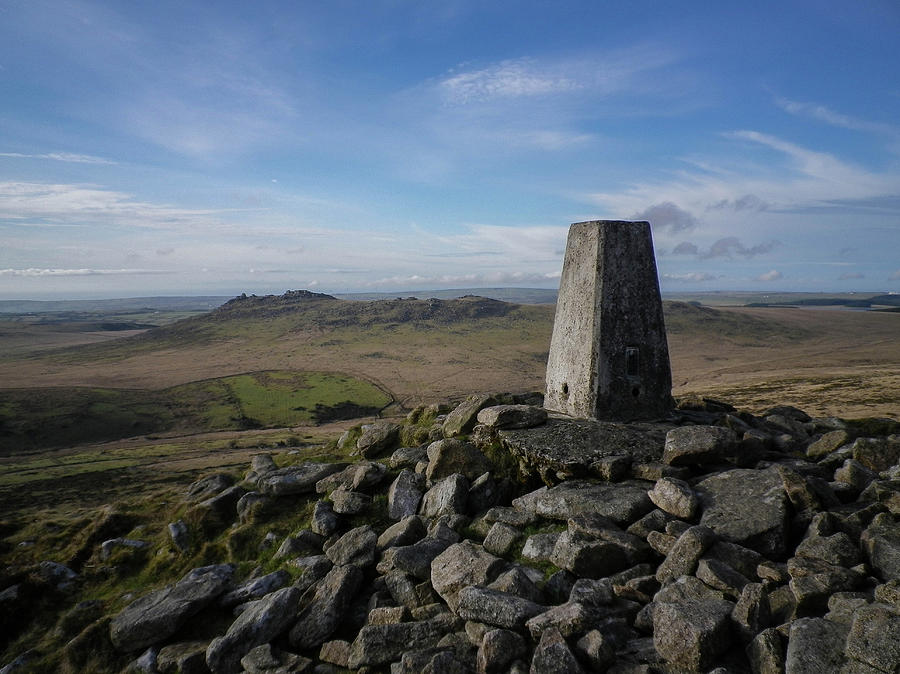 Summit Of Brown Willy Bodmin Moor Cornwall by Richard Brookes