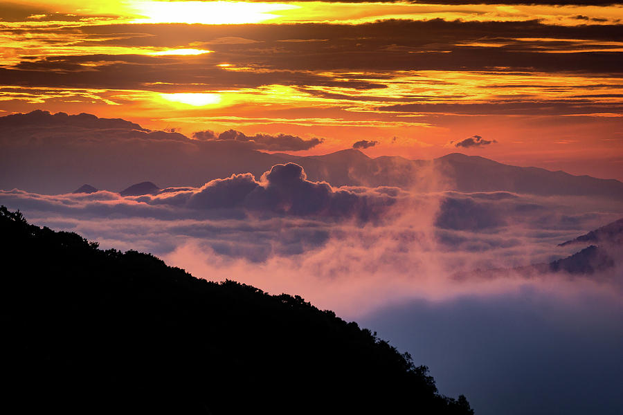 Sunrise above the Smokey Mountains by Randall Allen