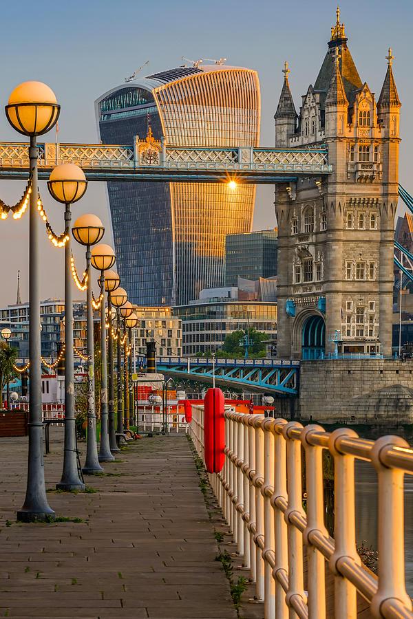 Sunrise At Tower Bridge In London, England Photograph