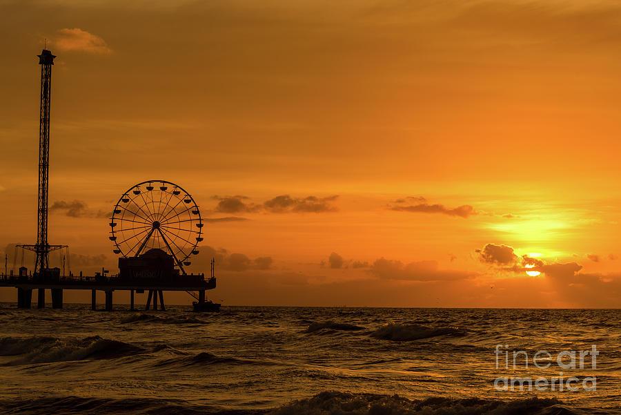Sunrise by DHEERAJ MUTHA