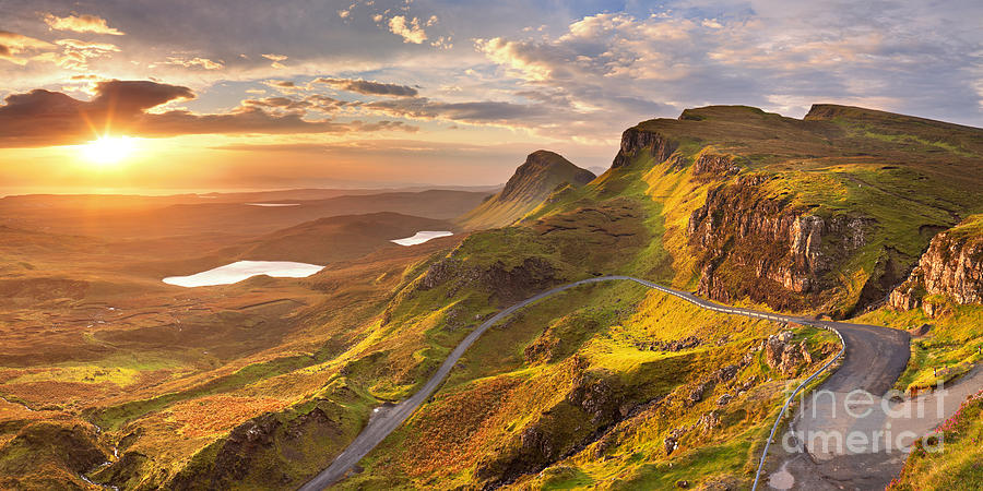 Mountains Photograph - Sunrise Over The Quiraing On The Isle by Sara Winter