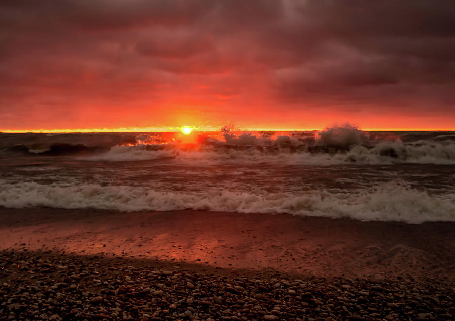 Sunrise with a Splash by Patti Raine