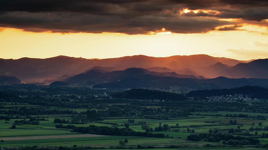 Sunset across the Barje by Ian Middleton